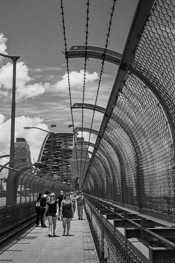 harbour-bridge-walk-m7-tri-x-1